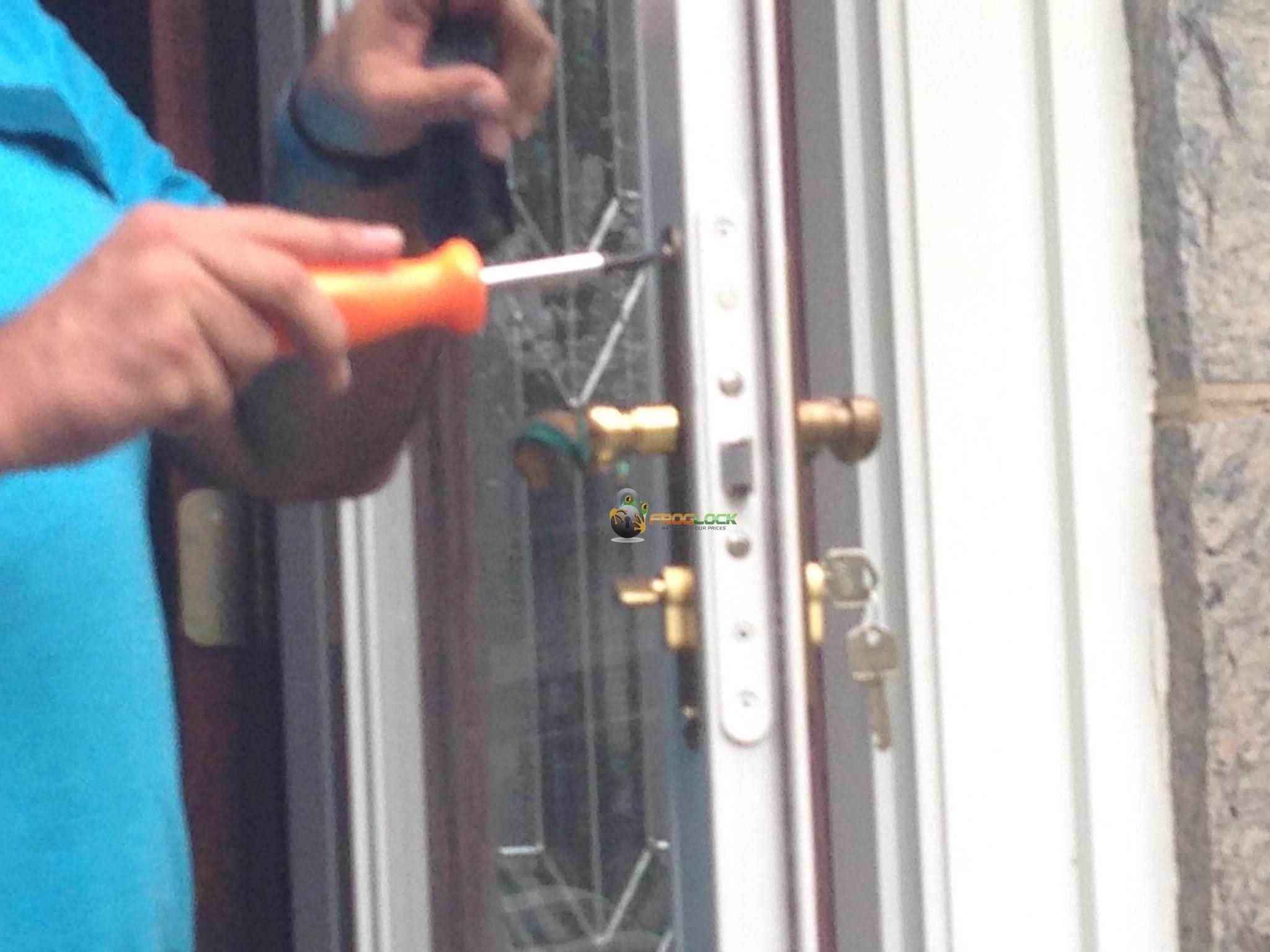 Meir Repairs A Storm Door Lock In Great Neck Ny
